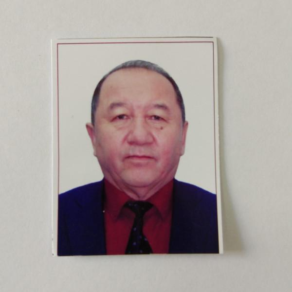 Усенов Абдыкапар